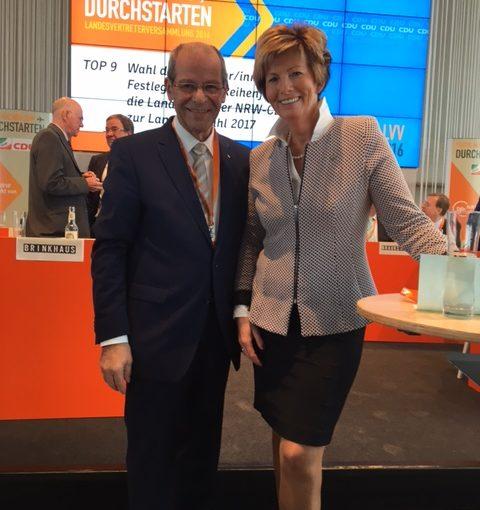 Karl-Heinz Wange mit Kristin Korte MdL während der Landesvertreterversammlung NRW am 26.11.2016